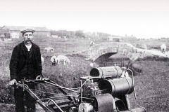 Old greenkeeper 18th hole  Old Course St Andrews